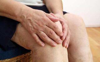 Отеки ног при сердечной недостаточности у пожилых людей, причины и лечение