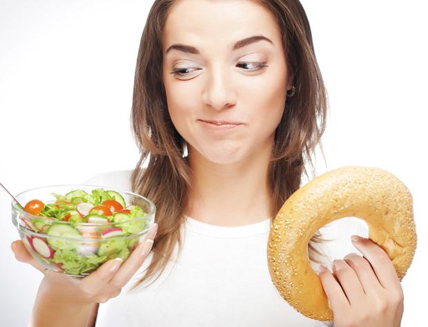 Выбор салата или бублика