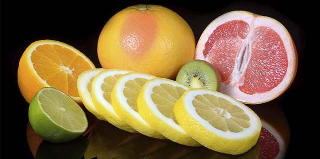 Цитрусовый мочегонные фрукты