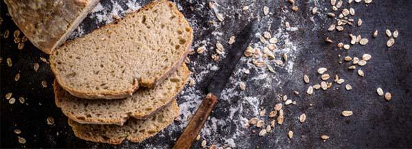 Хлеб нарезанный ножом